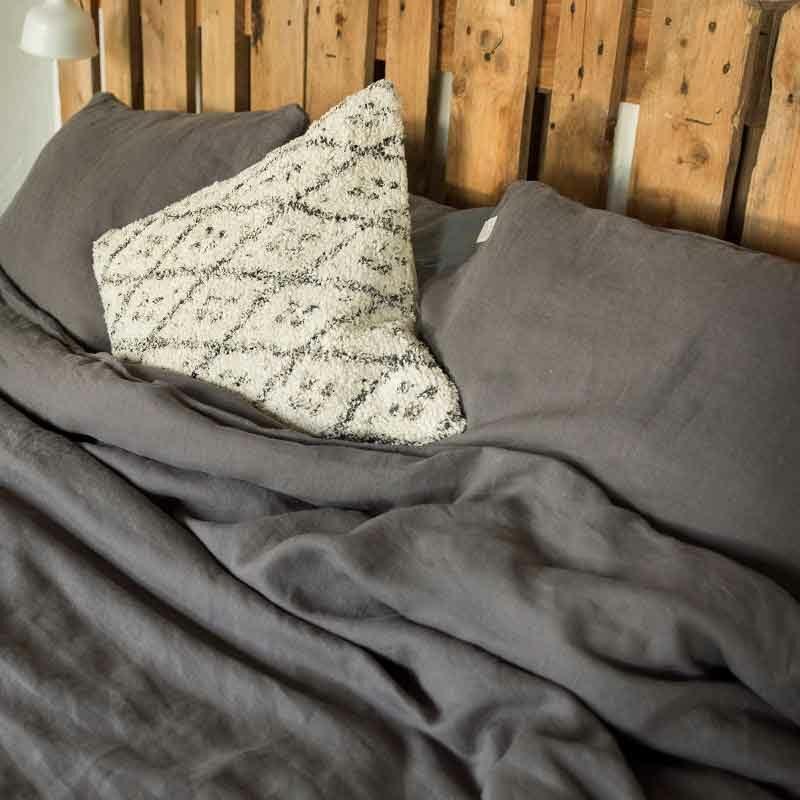 Donkergrijs linnen dekbedovertrek Charcoal - Casa Comodo