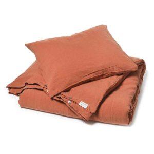 Steenrood stonewashed linnen dekbedovertrek Baked Clay - merk Casa Homefashion, online te koop bij Casa Comodo