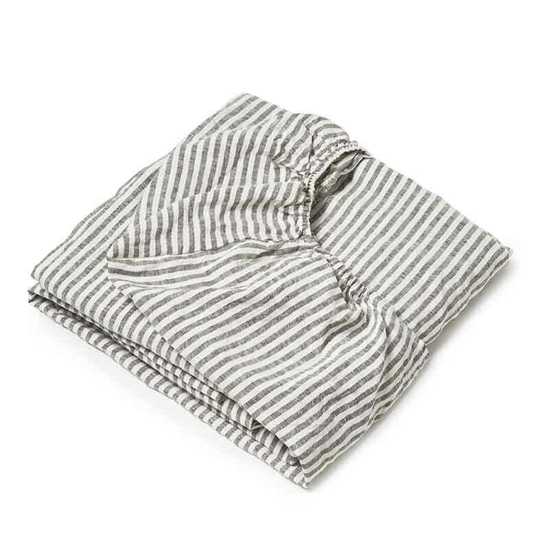 Donkergrijs gestreept linnen ledikant hoeslaken Stripe Charcoal - Casa Homefashion