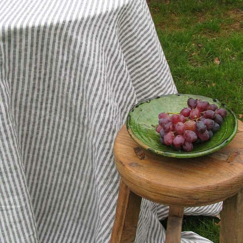 Linnen tafelkleed - merk Casa Homefashion - gestreept