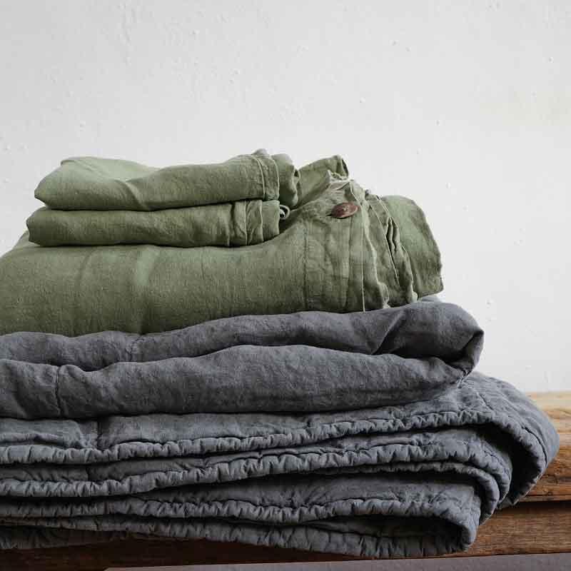 groen en grijs linnen beddengoed